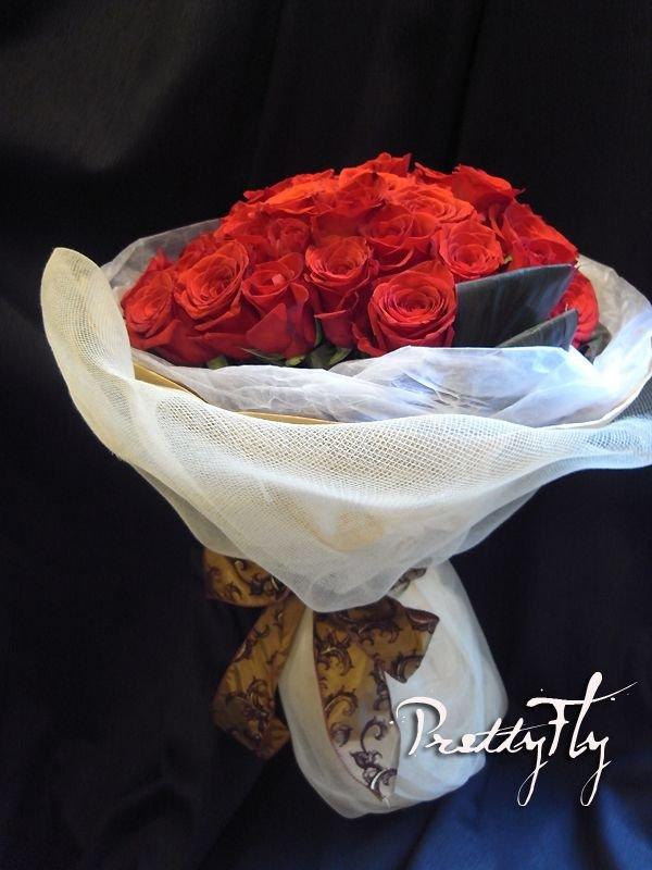 画像3: 【大輪プレミアム】赤いバラのブーケ-1本500円(お好きな本数でお作りします)