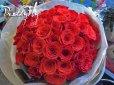 画像2: 【大輪プレミアム】赤いバラのブーケ-1本500円(お好きな本数でお作りします) (2)