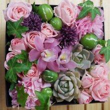 他の写真3: 【ボックスフラワーLサイズ】-Succulent多肉&Flower花 ピンク