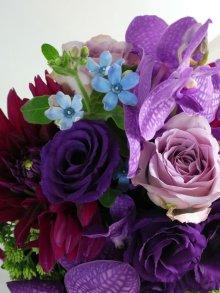 他の写真3: 【アレンジメント】紫のバラ&バンダアレンジメント〜NoblePurple(ノーブルパープル)-DX60