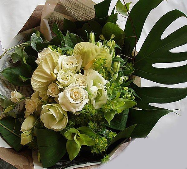 画像1: 【ギフトブーケ】ブランHearts花束50〜結婚・出産お祝いに